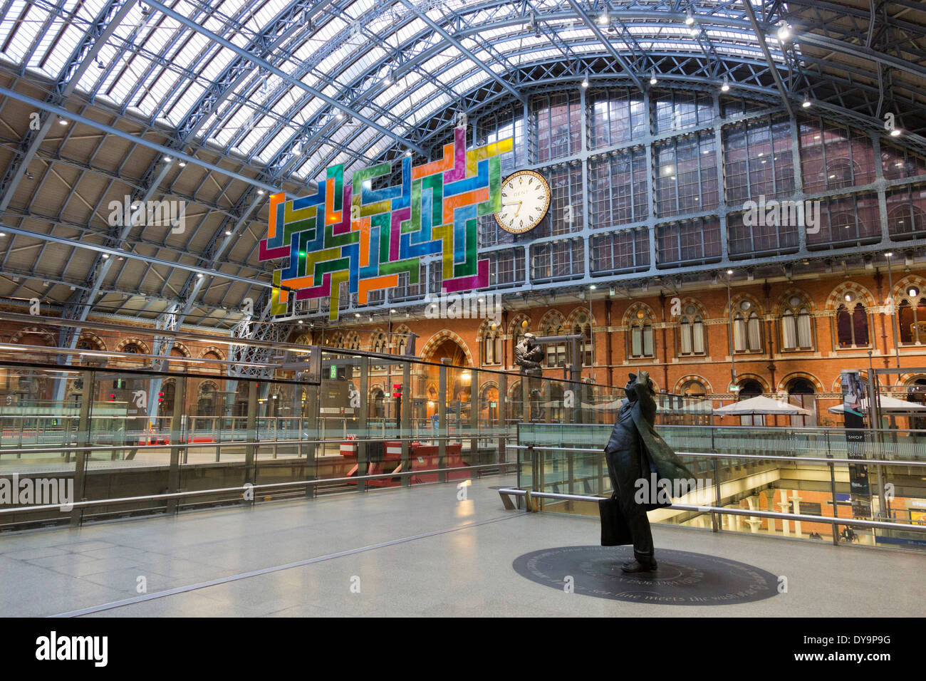 The Terrace Wires installation 'Chromolocomotion' by artist David Batchelor at St Pancras Station, London - Stock Image