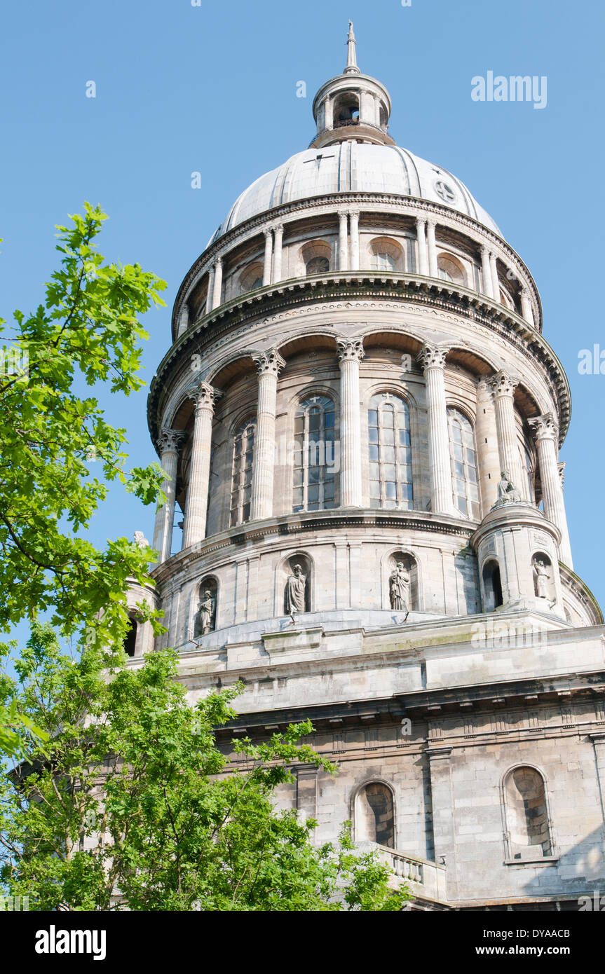 France, Boulogne. The dome of the Basilica of Notre-Dame de Boulogne-sur-Mer is the biggest in Europe after St. Peters in Rome. - Stock Image