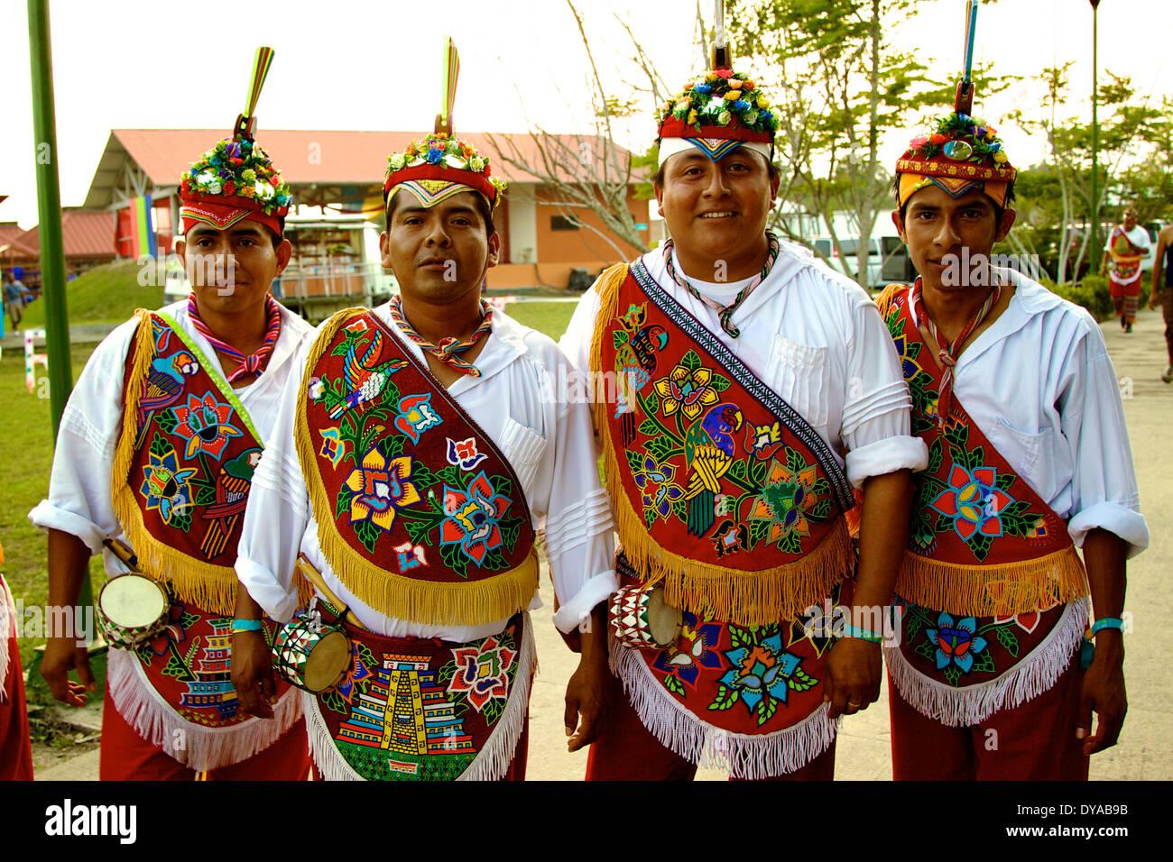 Voladores, pre-hispanic ritual, Mexico, papantla flyers - Stock Image