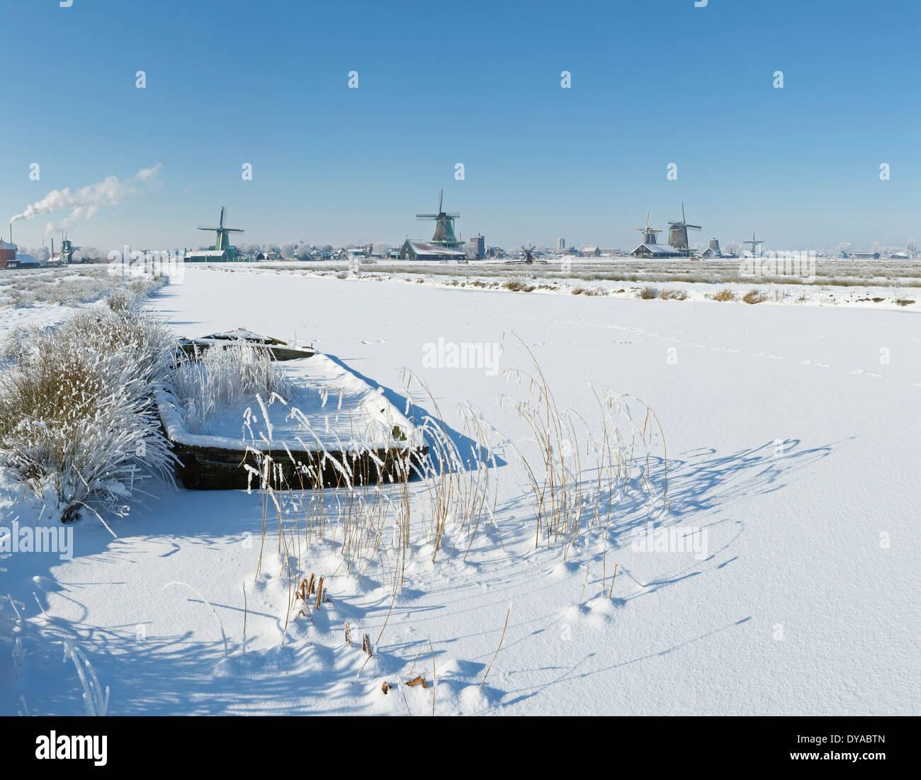 Netherlands, Holland, Europe, Zaandam, North Holland, windmill, field, meadow, winter, snow, ice, Windmills Stock Photo