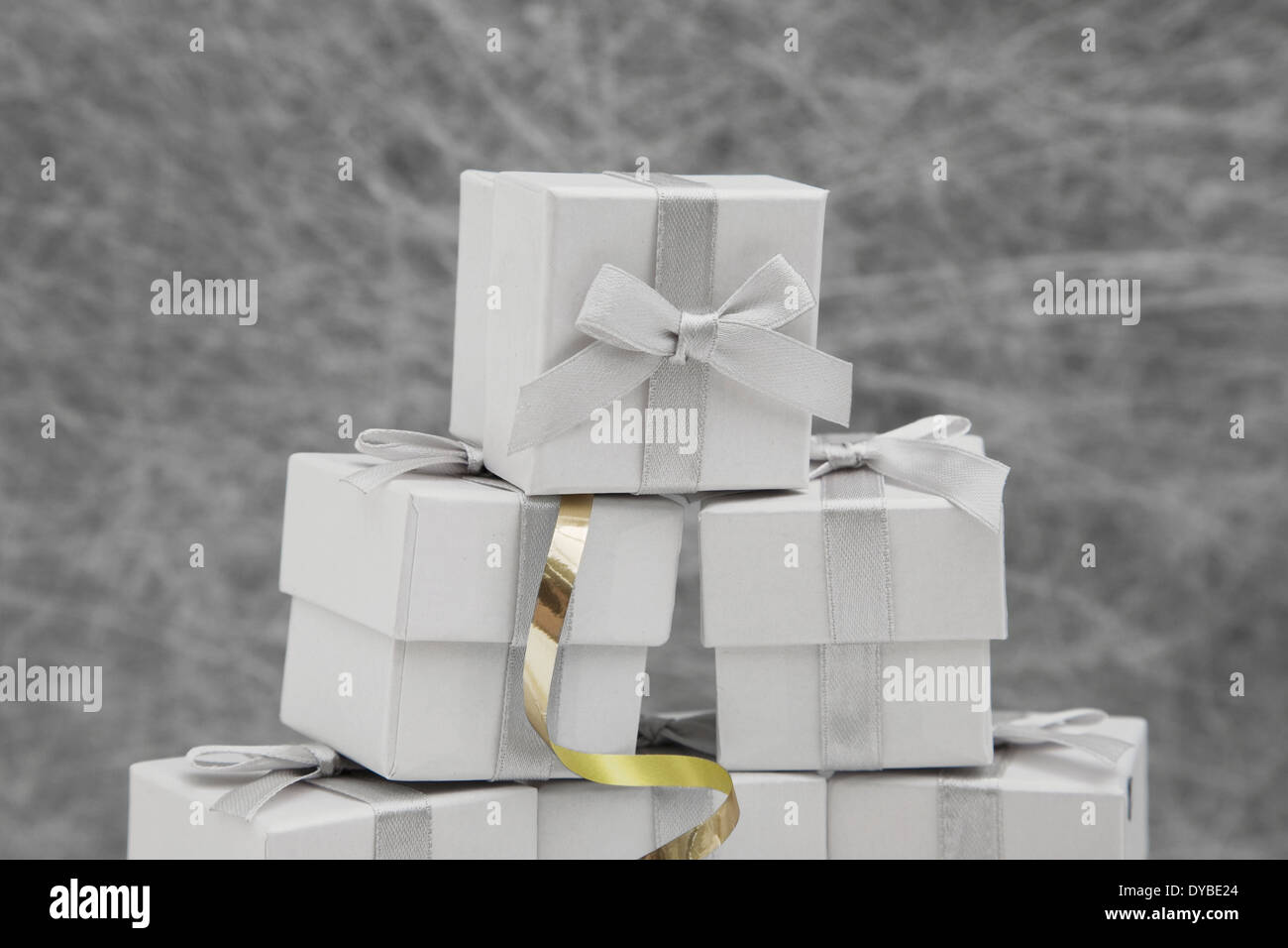 Wedding Favor boxes with gold ribbon Stock Photo: 68479324 - Alamy