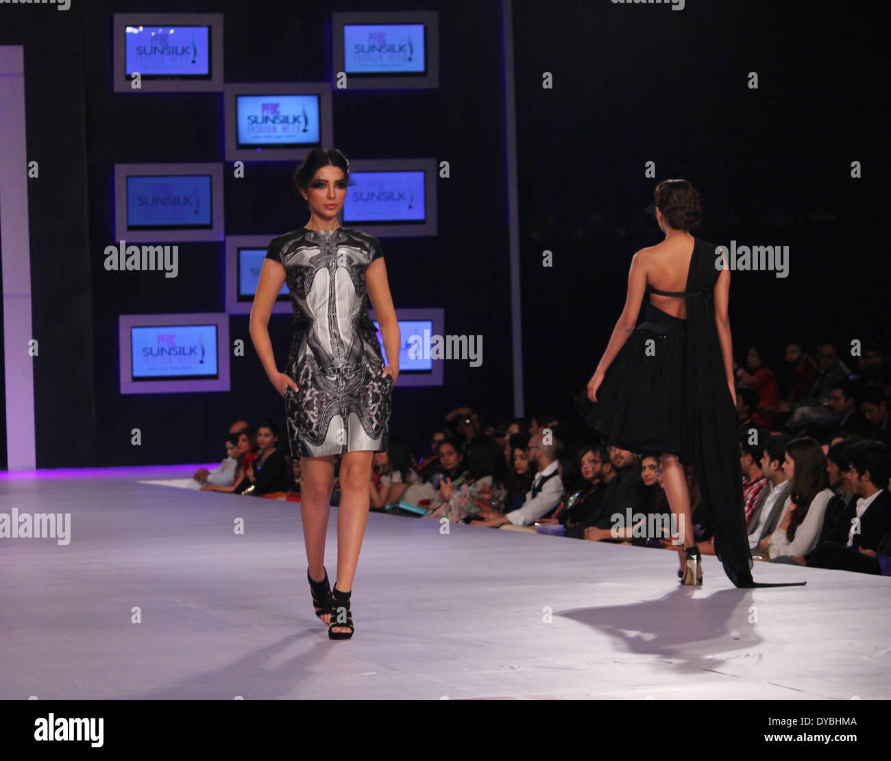 Lahore Pakistan April 12 Pakistani Models Present Creations By Stock Photo 68482186 Alamy