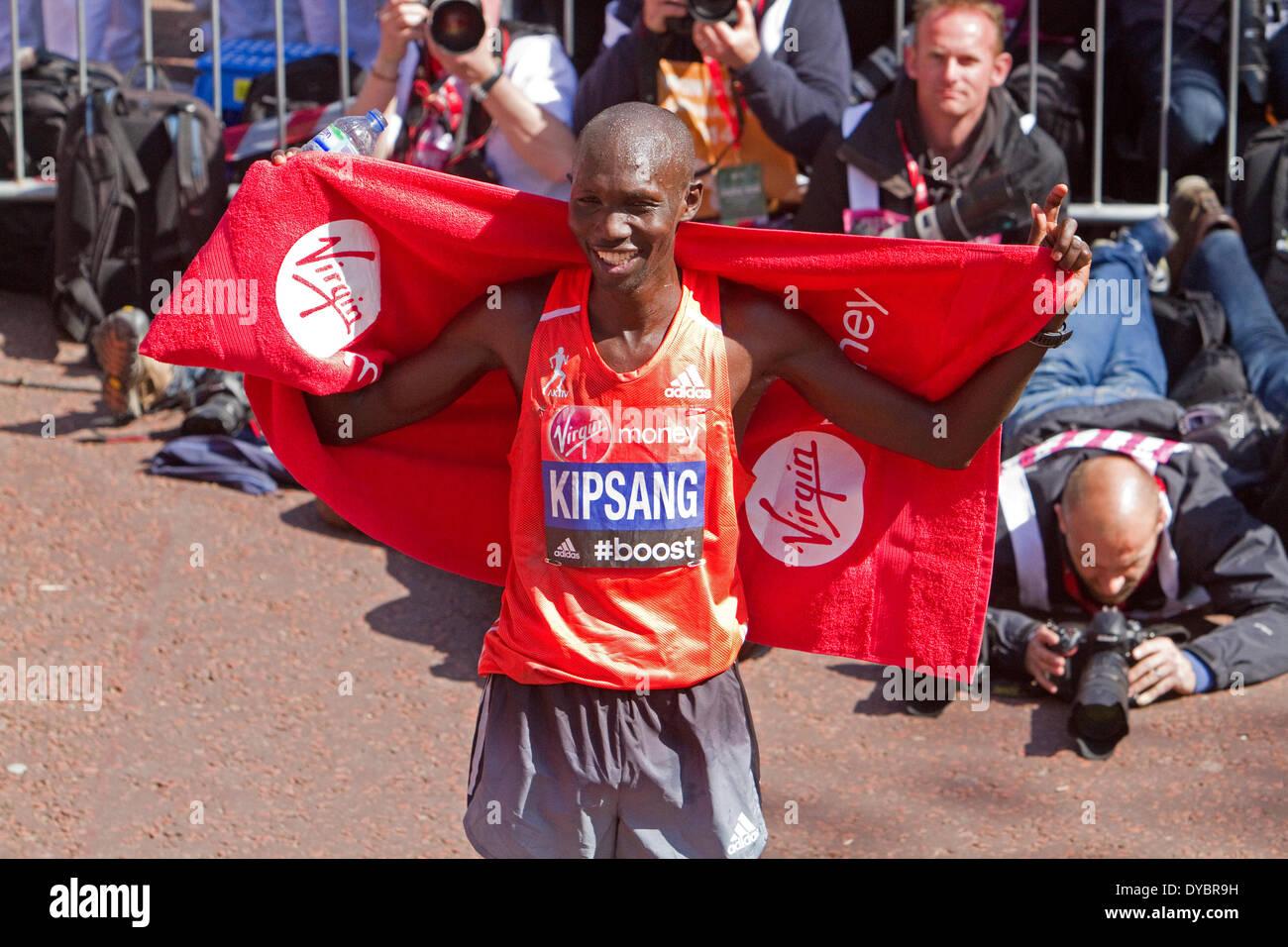London, UK. 13th April, 2014. The winner of the Elite Mens London Marathon was Wilson Kipsang Credit:  Keith Larby/Alamy Live News - Stock Image