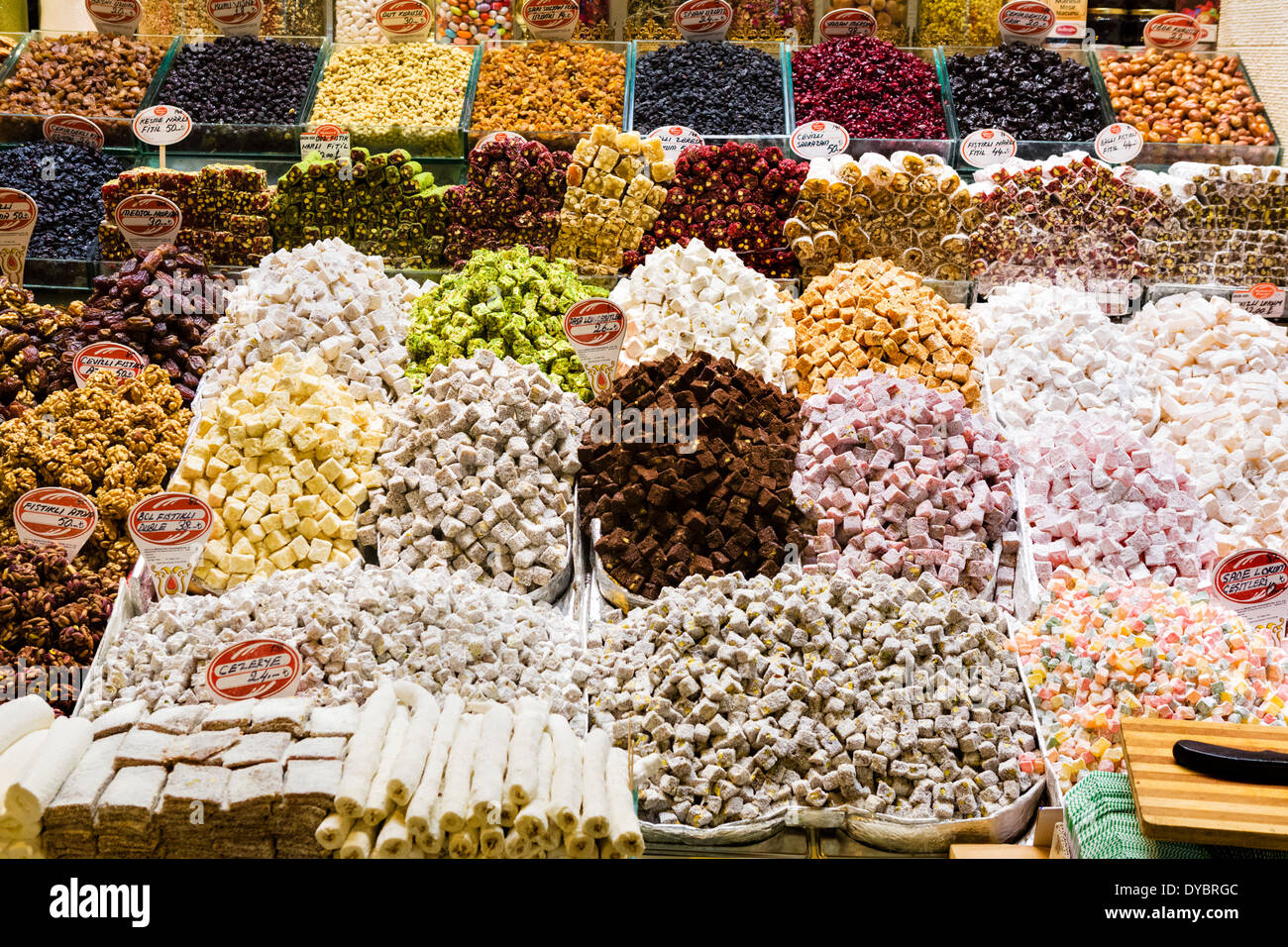Candy and turkish delight for sale in the Spice Bazaar (Misir Carsisi or Egyptian Bazaar), Eminonu district, Istanbul,Turkey - Stock Image