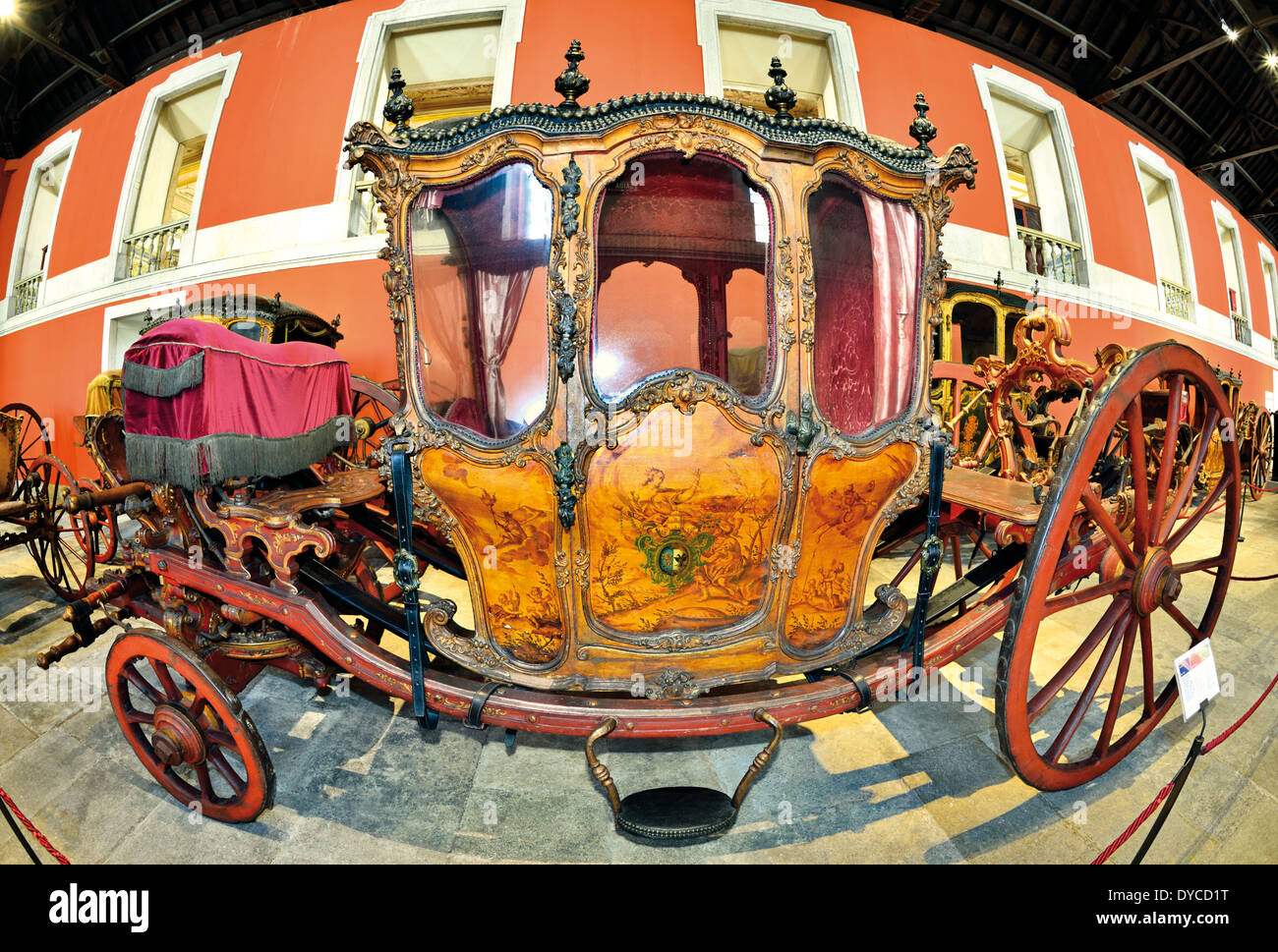 Portugal, Lisbon: Historic carriage 'Berlinda dos Patriarcas' in the Museu dos Coches in Belem - Stock Image