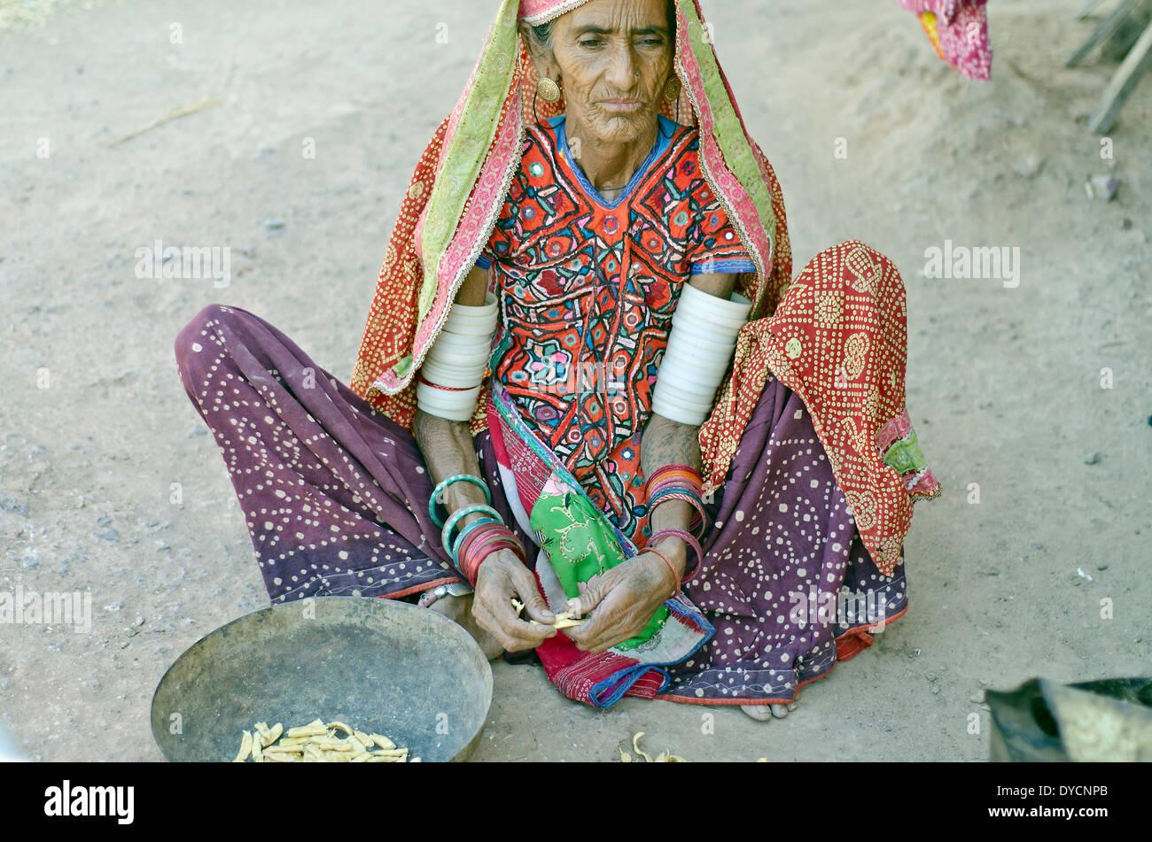 Harijan woman ,Jnan ,Kutch,India - Stock Image