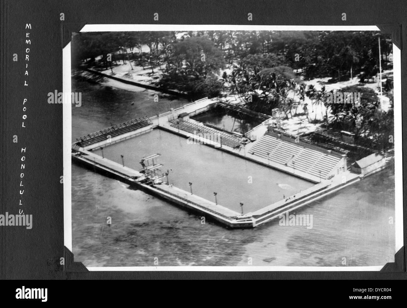 AL246 009 Memorial Pool, Honolulu - Stock Image