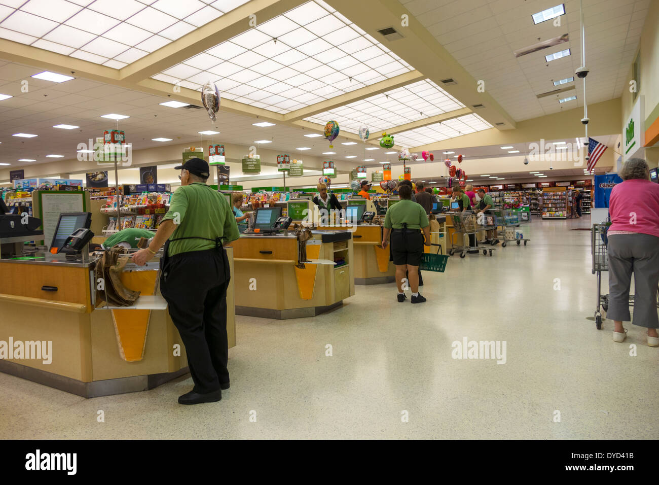 Florida Shopping Shopper Shoppers Shop Shops Stock Photos & Florida ...
