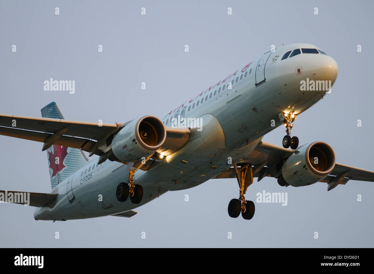 An Air Canada Airbus A320 (A320-200) plane on final Approach for landing at Vancouver International Airport, Canada - Stock Image