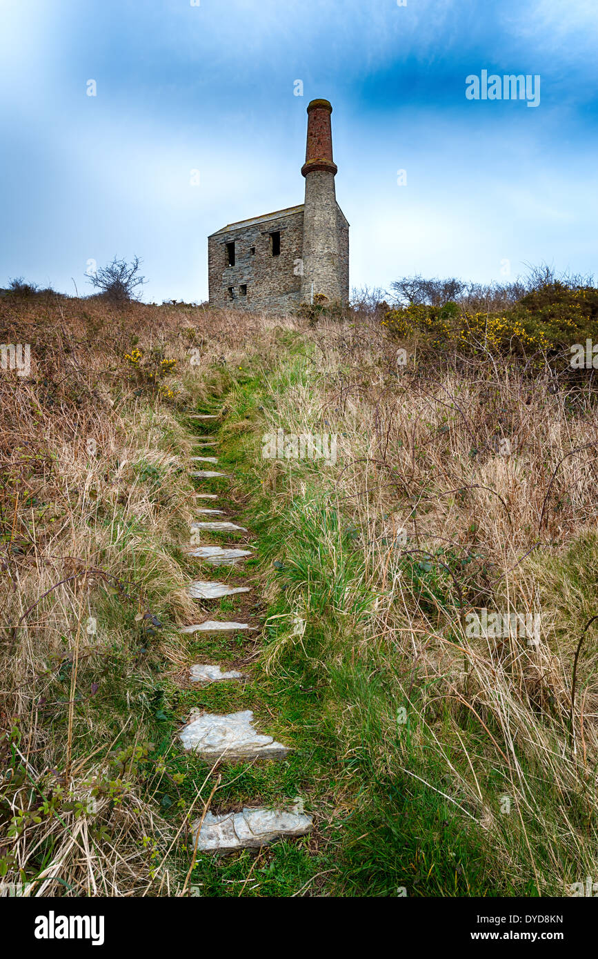 An old abandoned engine house at the Prince of Wales slate quarry neat Tintagel in north Cornwall - Stock Image
