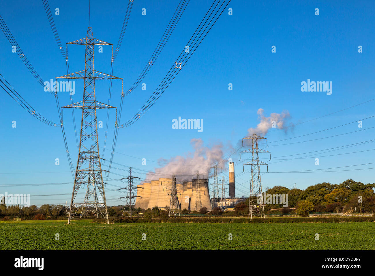 Ratcliffe on Soar power station and transmission lines. - Stock Image