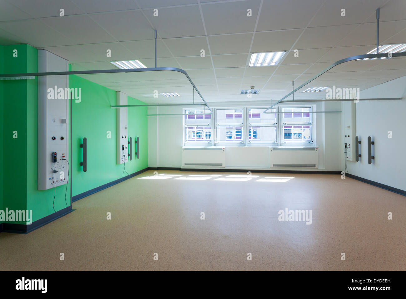 Empty unoccupied ward at the New Day Surgery Unit at Southampton General Hospital prior to medical staff moving in. - Stock Image