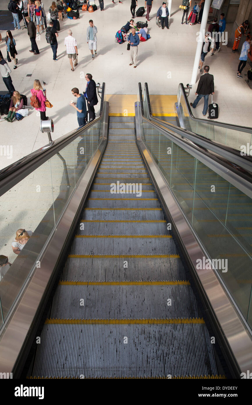 View down unoccupied escalator. - Stock Image