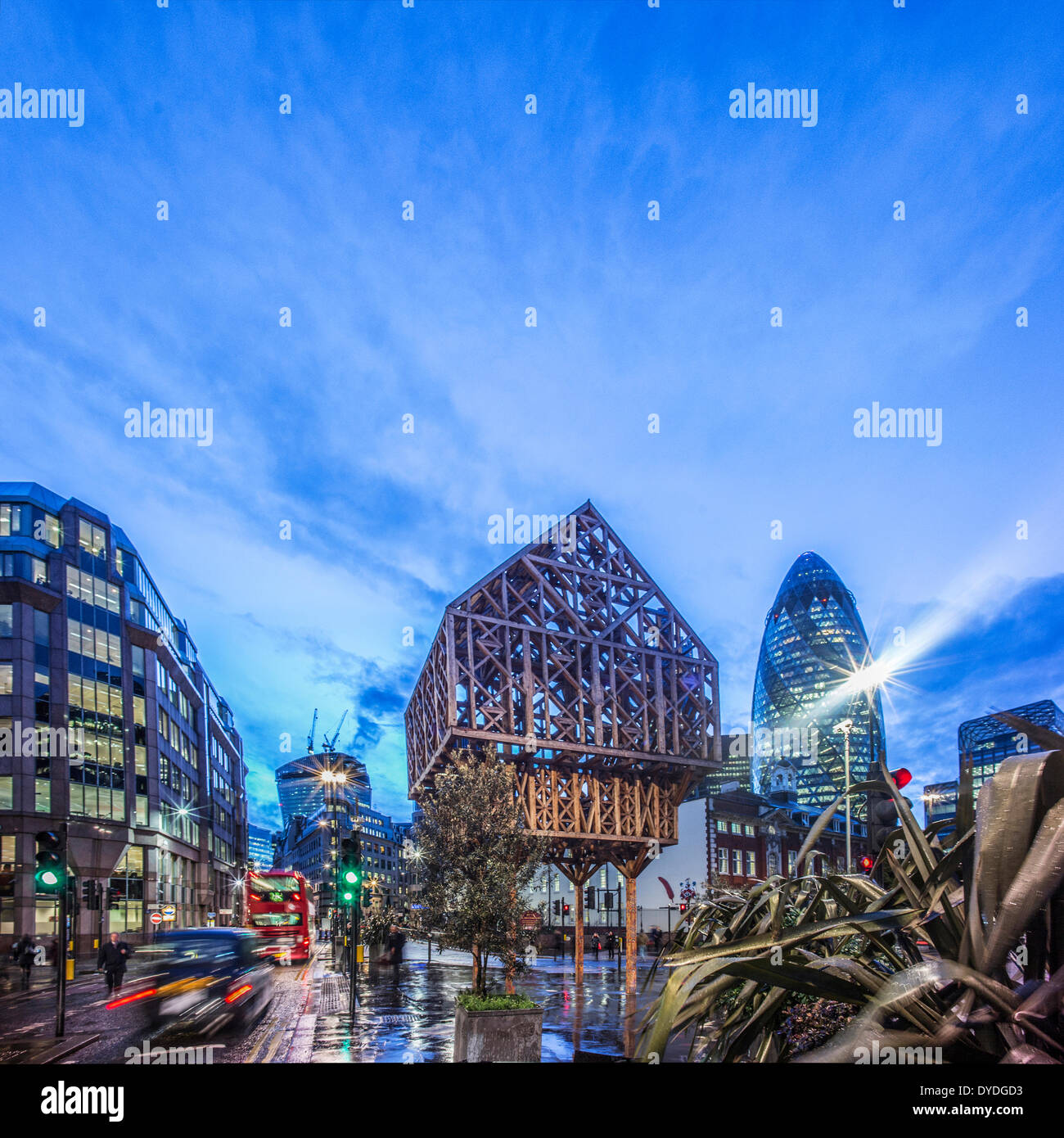 The location of the historic Aldgate where Chaucer lived from 1374-1386. - Stock Image