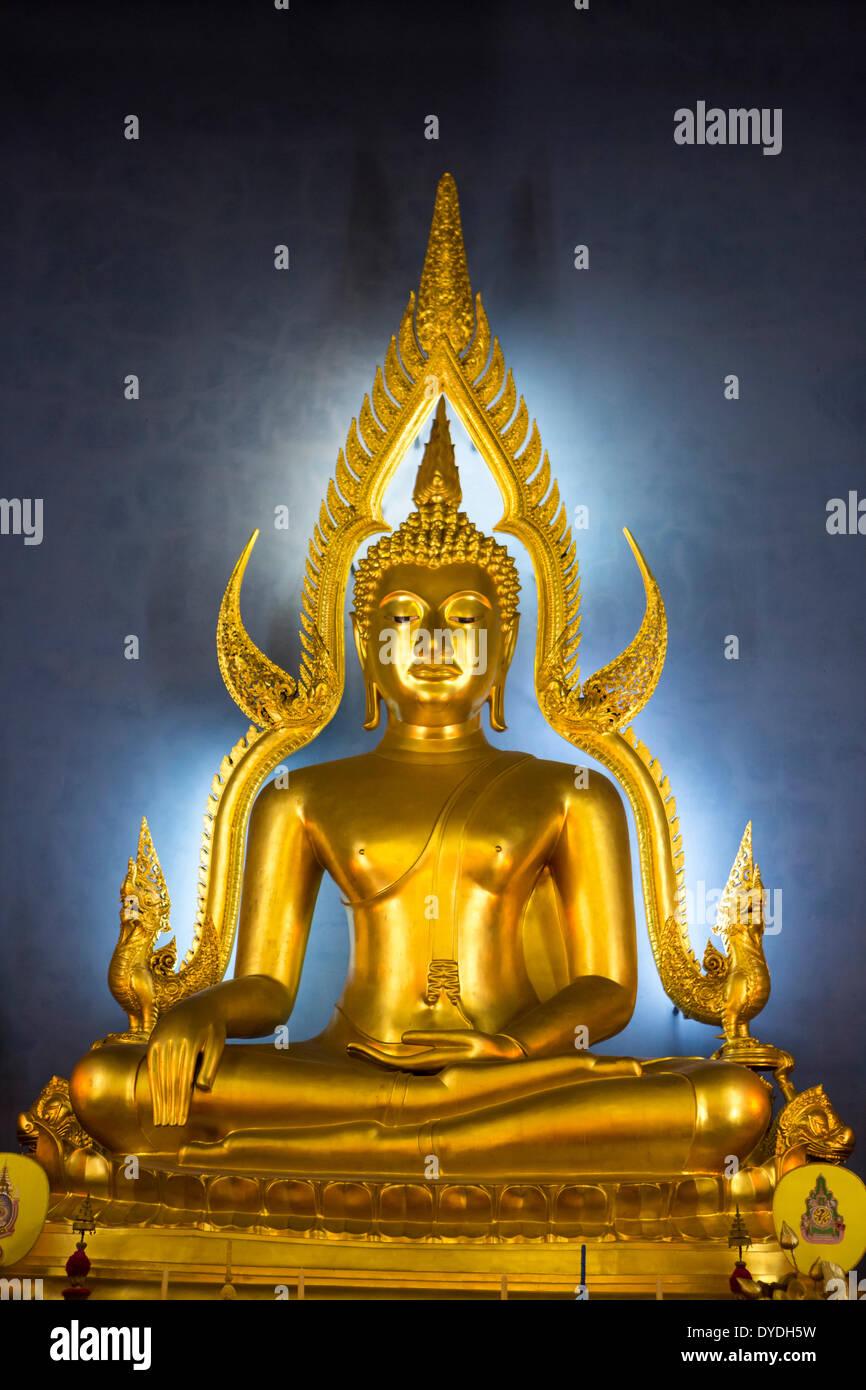 Thailand Asia Bangkok Benchamabiphit Emerald Thailand Asia Wat blue Buddha Buddhism colourful golden marble temple touristi - Stock Image