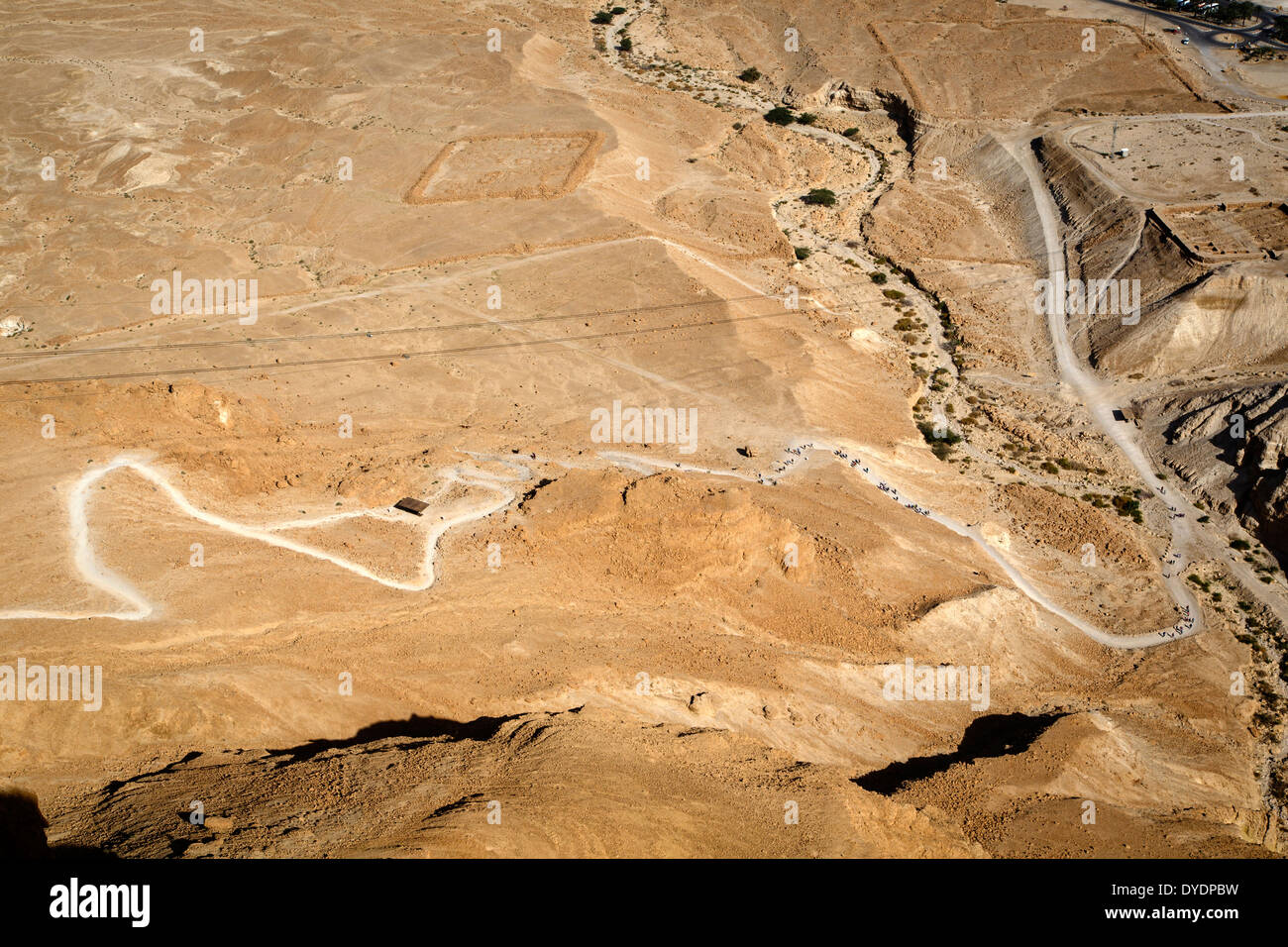 The snake path leading to the Masada fortress on the edge of the Judean Desert, Israel. - Stock Image