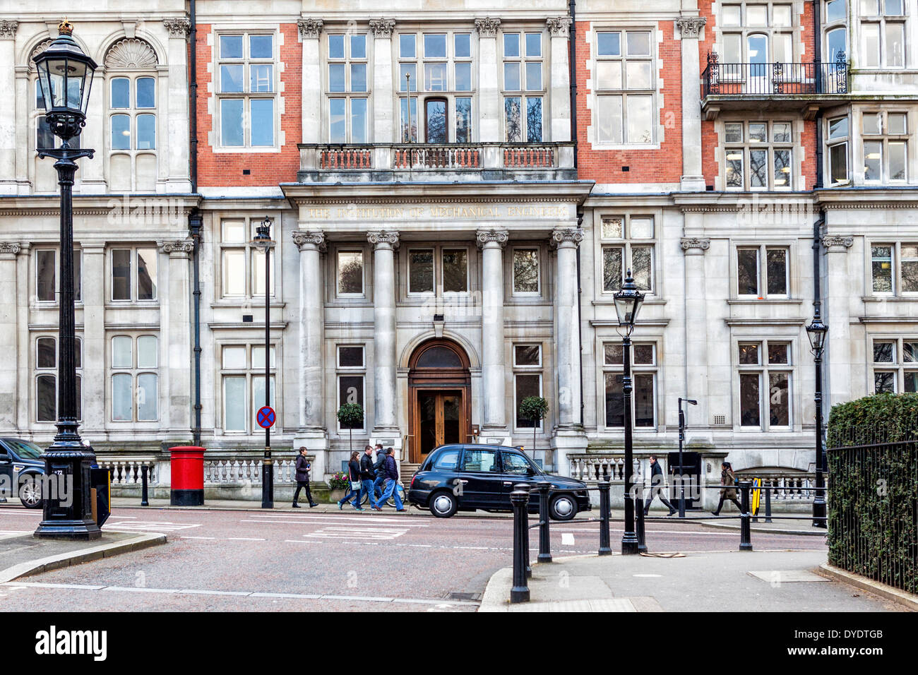 The Institution of Mechanical Engineers - Queen Anne style building in brick and Portland stone, Birdcage Walk, London, UK - Stock Image