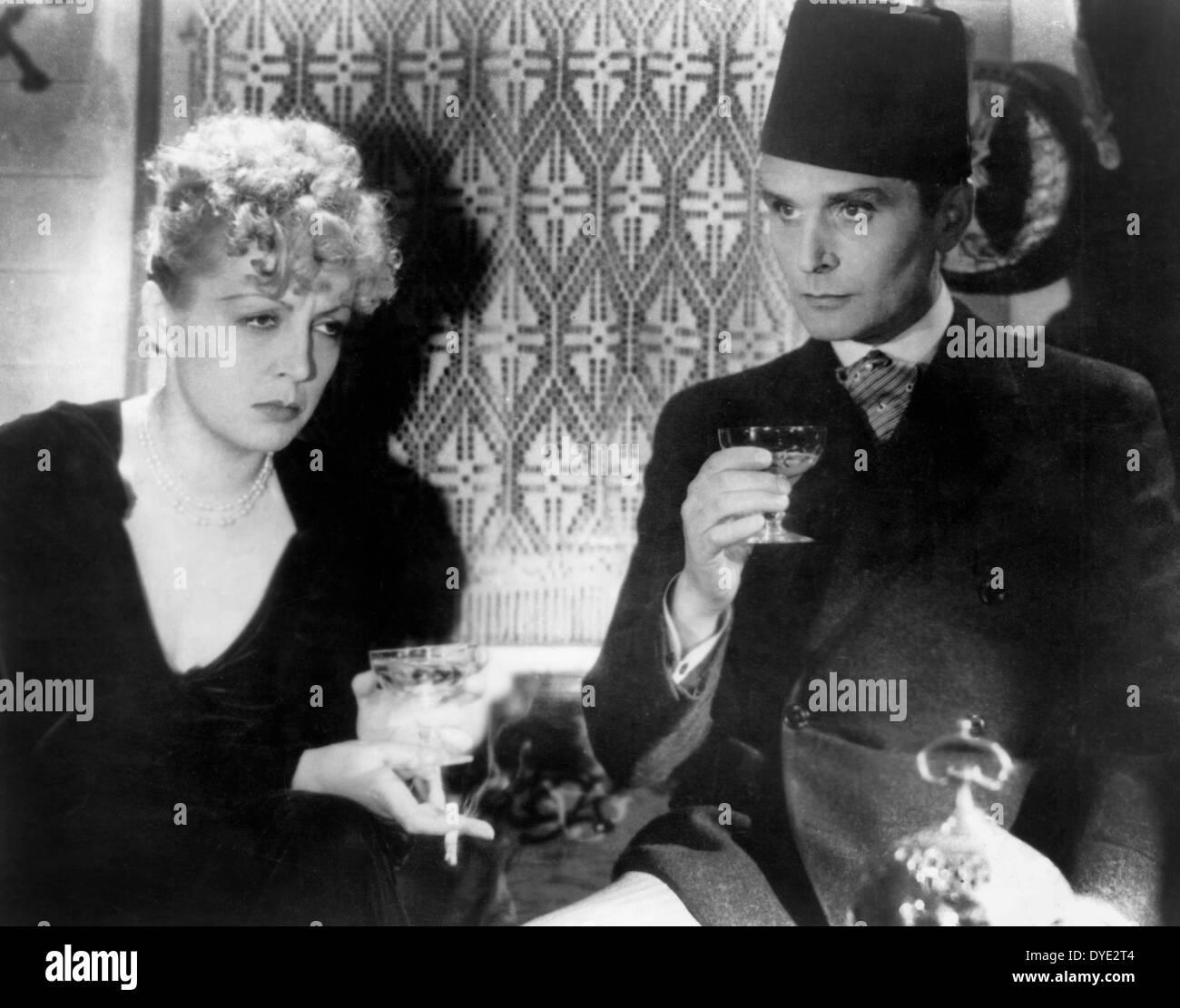 Dita Parlo, Pierre Blanchar, on-set of the Film, 'Mademoiselle Docteur', 1937 - Stock Image