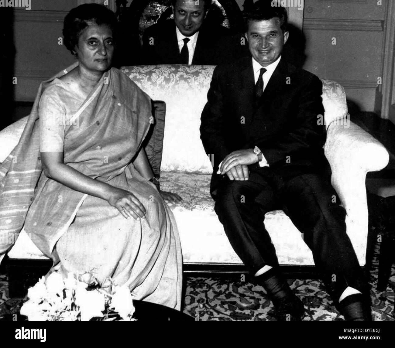 Indira Gandhi 1919-1984 Prime Minister of India with Rumanian leader Nicolae Ceau?escu - Stock Image