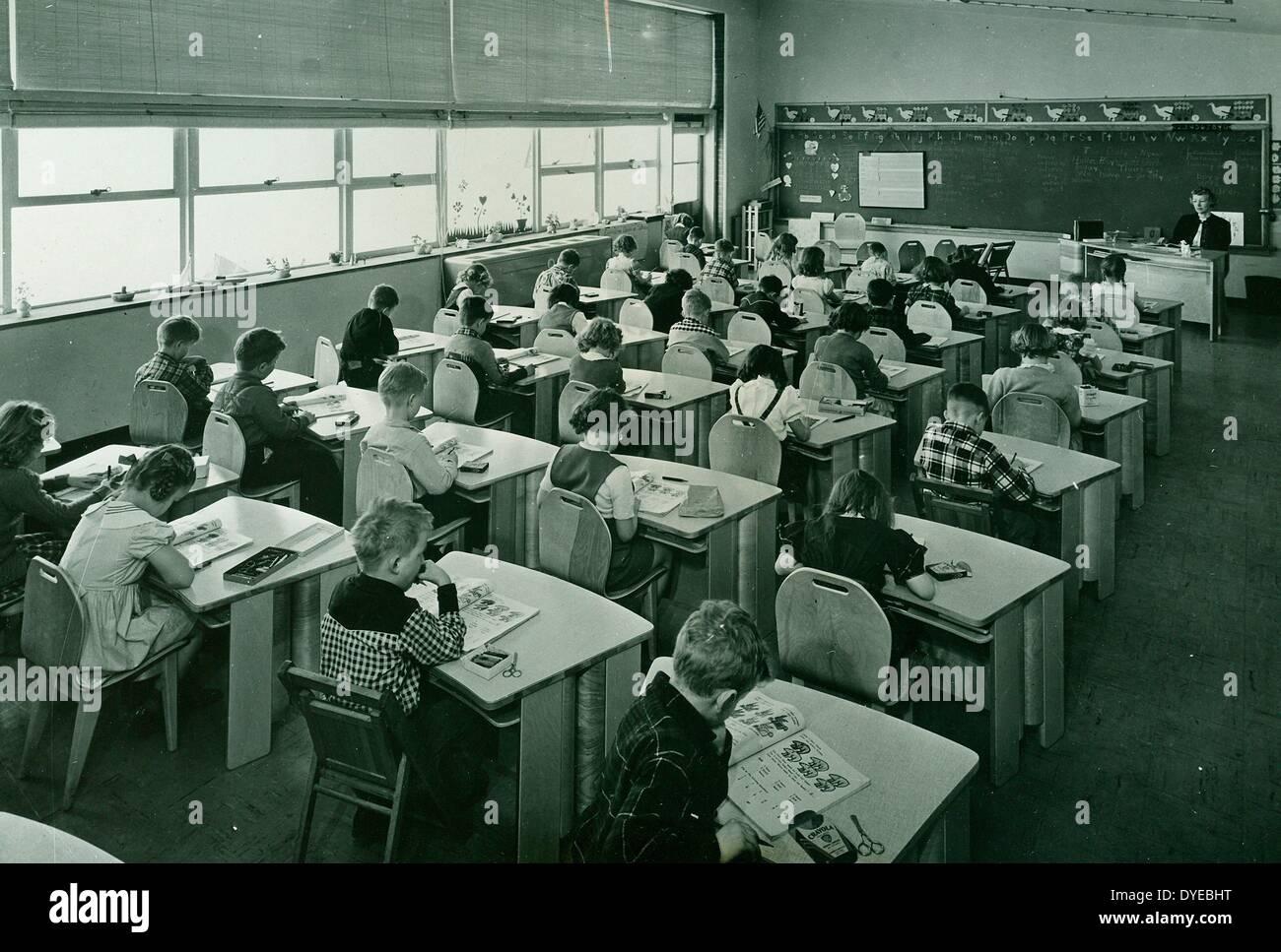 lesson in a racially segregated class of white American school children. Circa 1967 - Stock Image