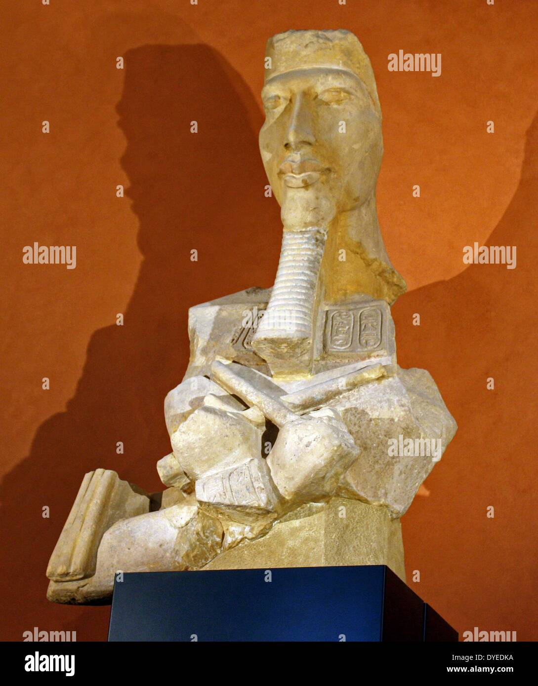 Partial Statue of King Amenhotep IV 1350 B.C. - Stock Image