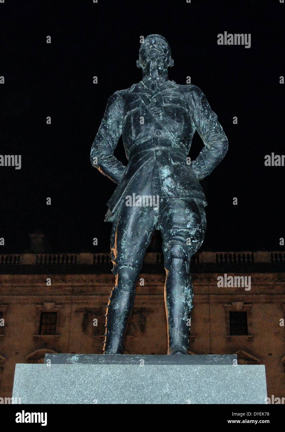 Night-time View of Field Marshal Jan Christian Smuts  Statue London 2013. - Stock Image