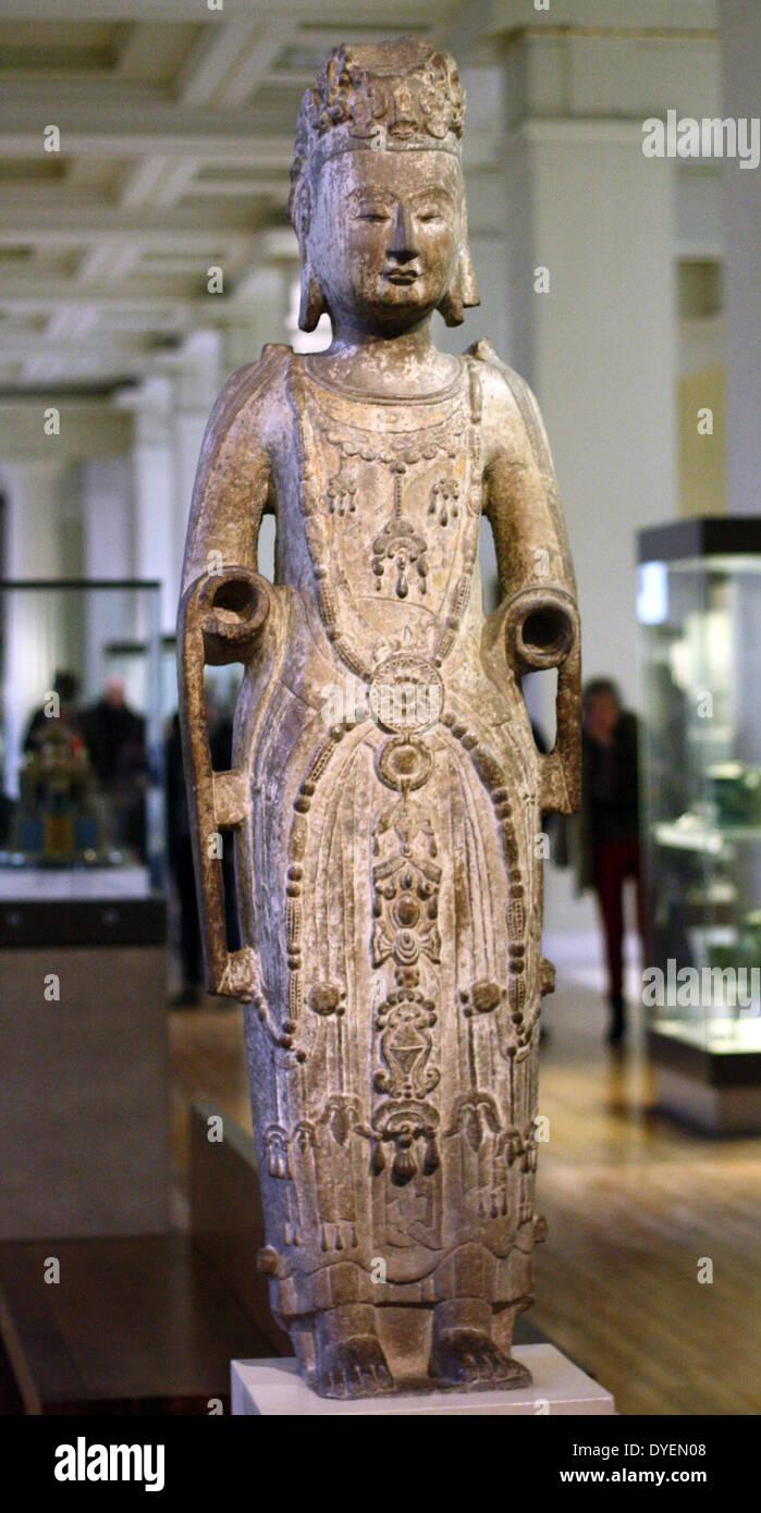 Sandstone figure of the chinese Bodhisattva Avalokitesara (Guanyin) Northern Qi dynasty, AD 550-577 - Stock Image