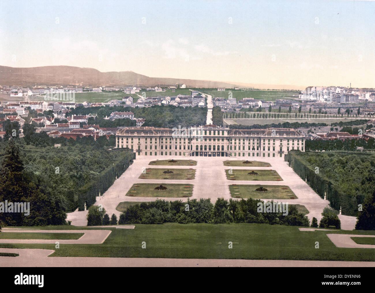 Schoenbrunn Castle, Vienna, Austro-Hungary  1900 - Stock Image