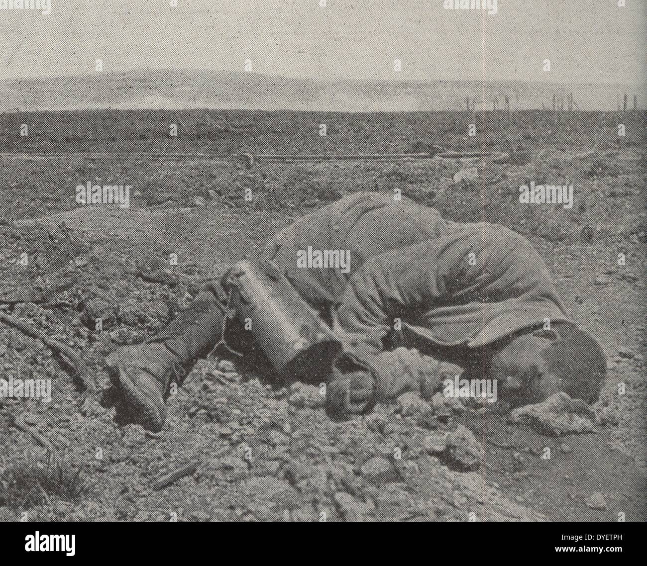 a French soldier killed in battle at Fleury, France during World War One 1915 - Stock Image