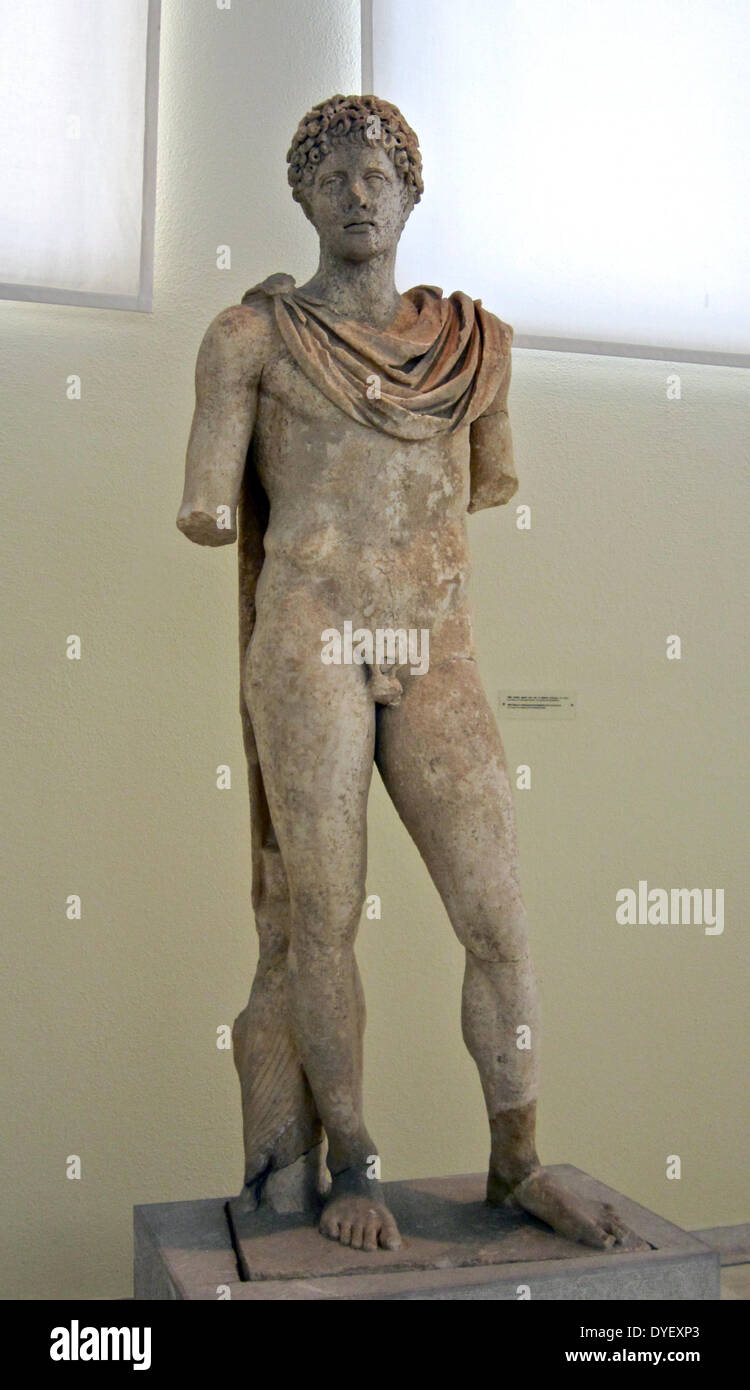 Marble statue of a man, a second century AD copy after a work by Polycleitus, Archaeological Museum, Piraeus, Greece. - Stock Image