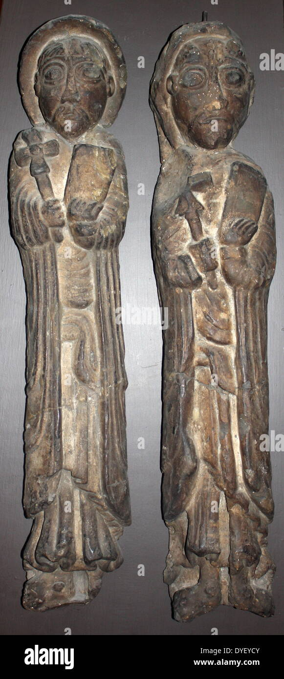 Plaster casts, in stone, of two apostles. - Stock Image
