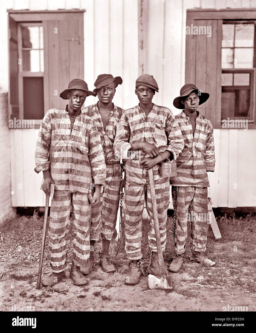 A chain gang from the southern states of the USA 1905 Stock Photo