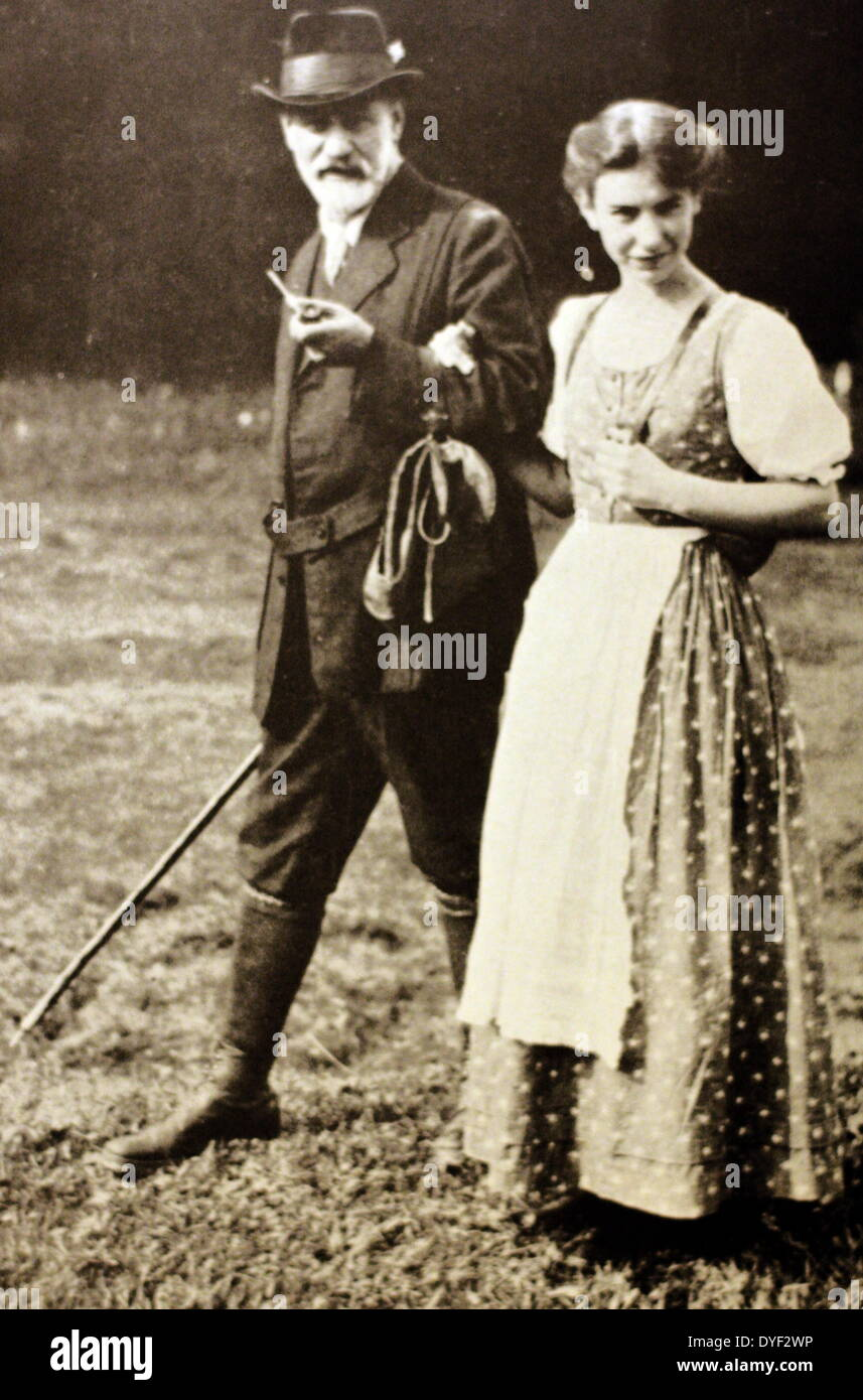 Photograph of Sigmund and Anna Freud, Father and Daughter - Stock Image