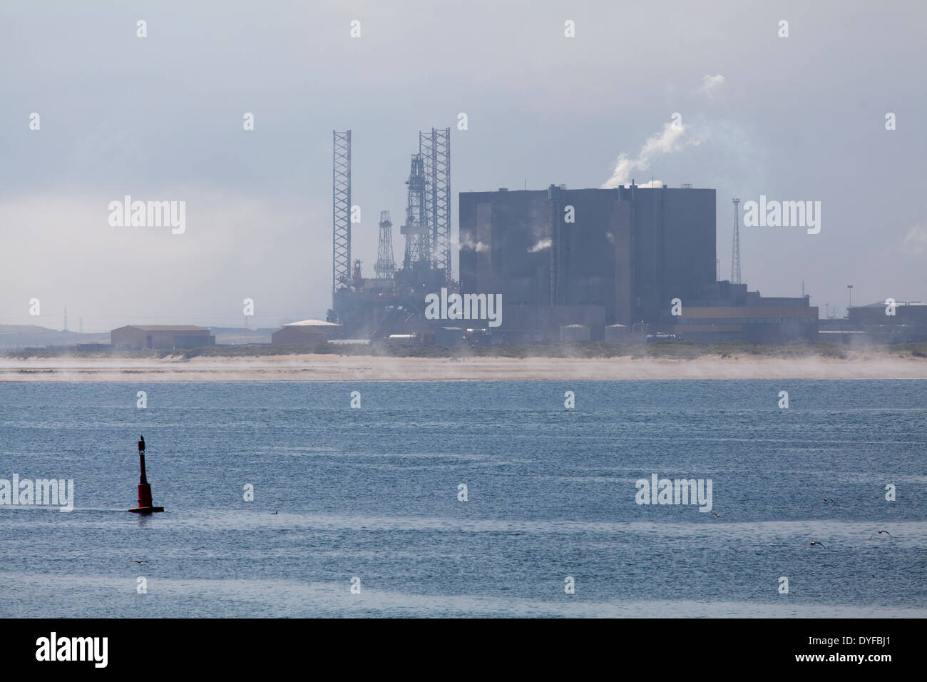 Hartlepool Nuclear Power Station on the banks of the River Tees, UK - Stock Image