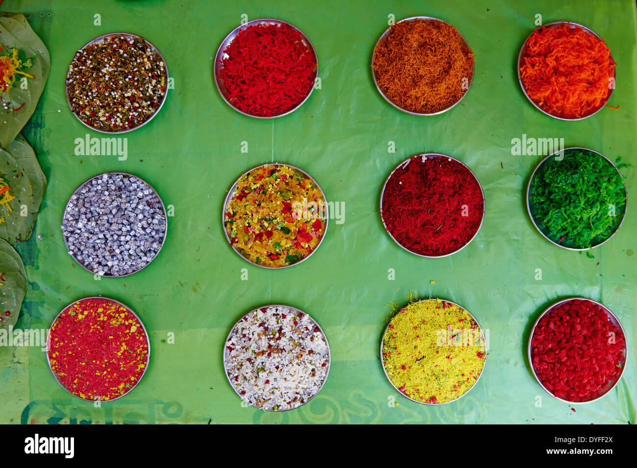 India, West Bengal, Kolkata, Calcutta, ingredient for betel - Stock Image