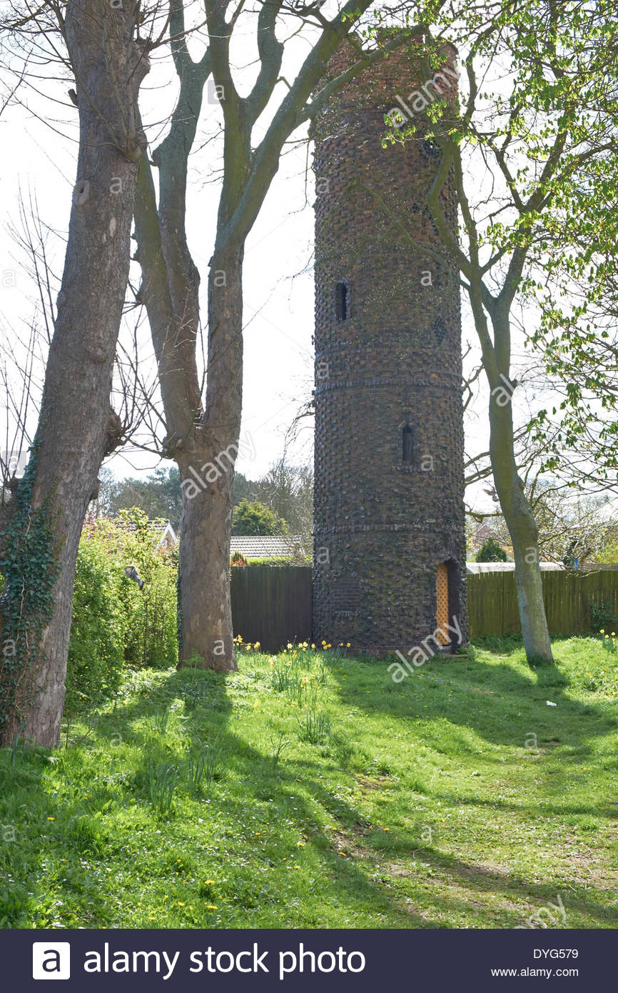 Bettison's Tower,or Folly, Willows Drive, Hornsea Sometimes known as the Forgotten Folly. - Stock Image