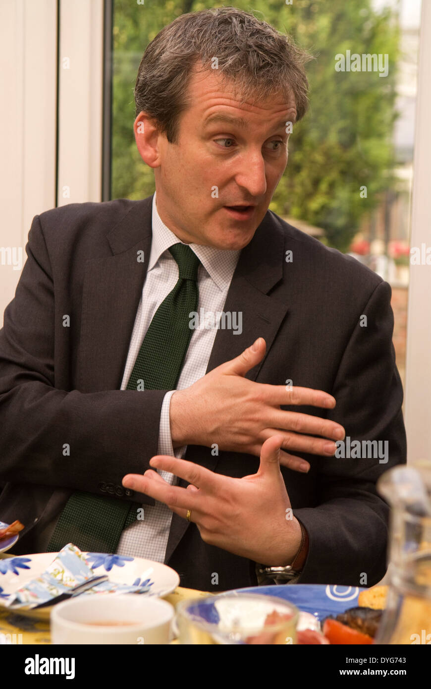 Damian Hinds, MP for East Hampshire, at a breakfast meeting with members of the National Farmers Union, Headley, Hampshire, UK. - Stock Image