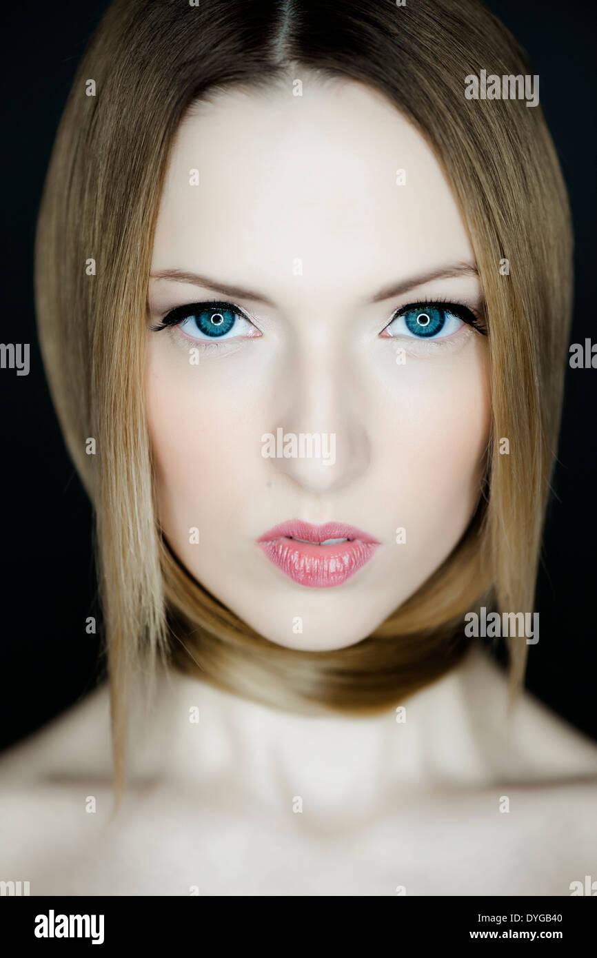 Gesicht einer attraktiven, blonden Frau, 20+ - woman face, 25+ -