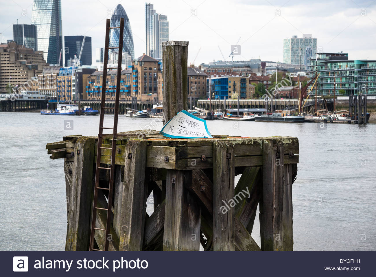 Marriage proposal note on the Thames, London, UK - Stock Image