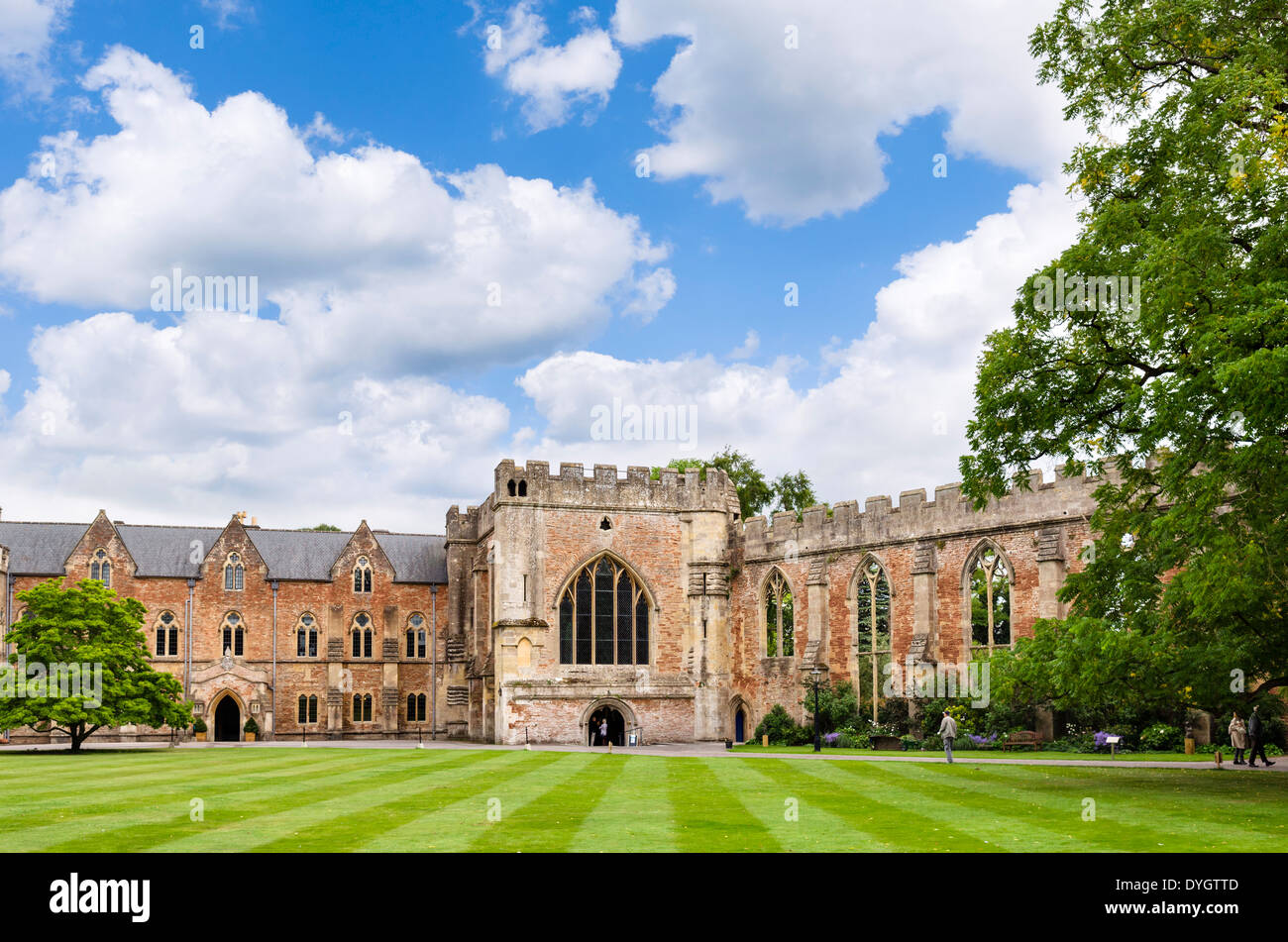 Wells somerset stock photos wells somerset stock images - Holiday homes in somerset with swimming pool ...