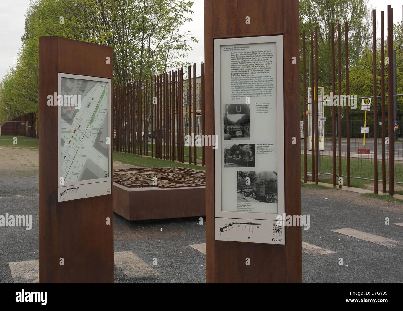Berlin Wall Subway Map.1 Map Berlin Wall Border Zone Brunnenstrasse Stock Photos 1 Map