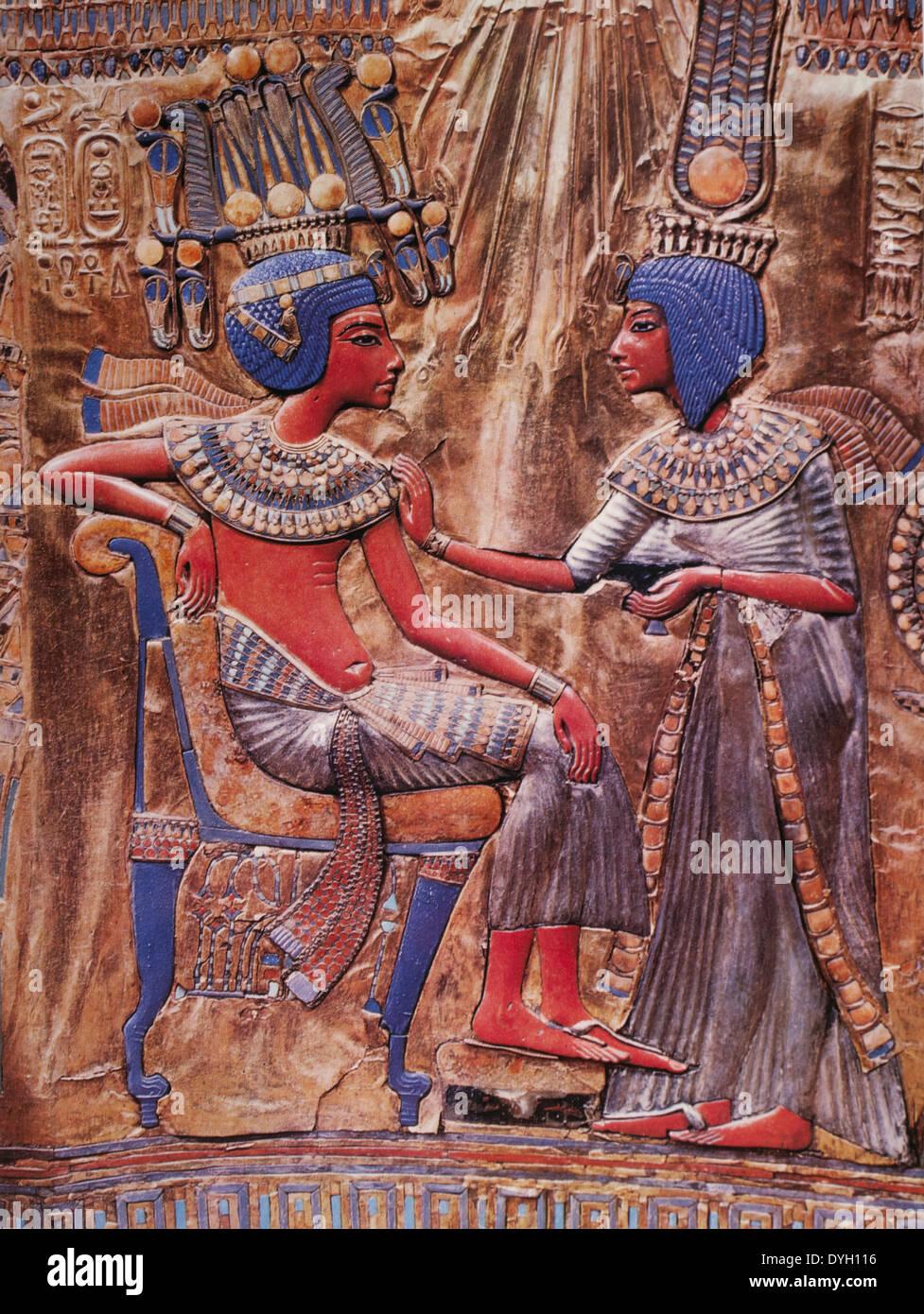 Tutankhamen on Throne with his Wife Ankhesenamun, Engraving - Stock Image