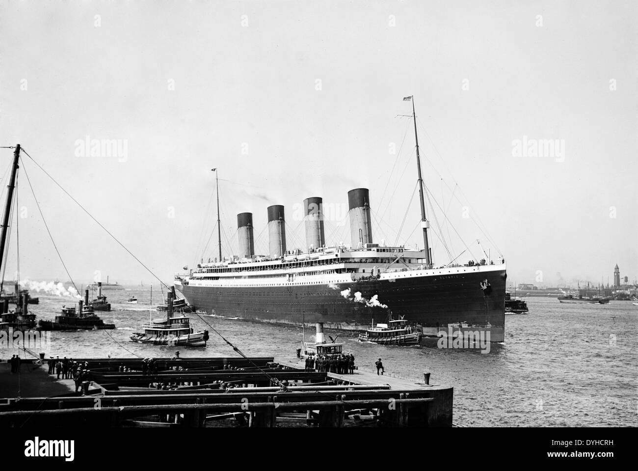 RMS OLYMPIC ocean liner arriving in New York on her maiden voyage on 21 June 1911 - Stock Image