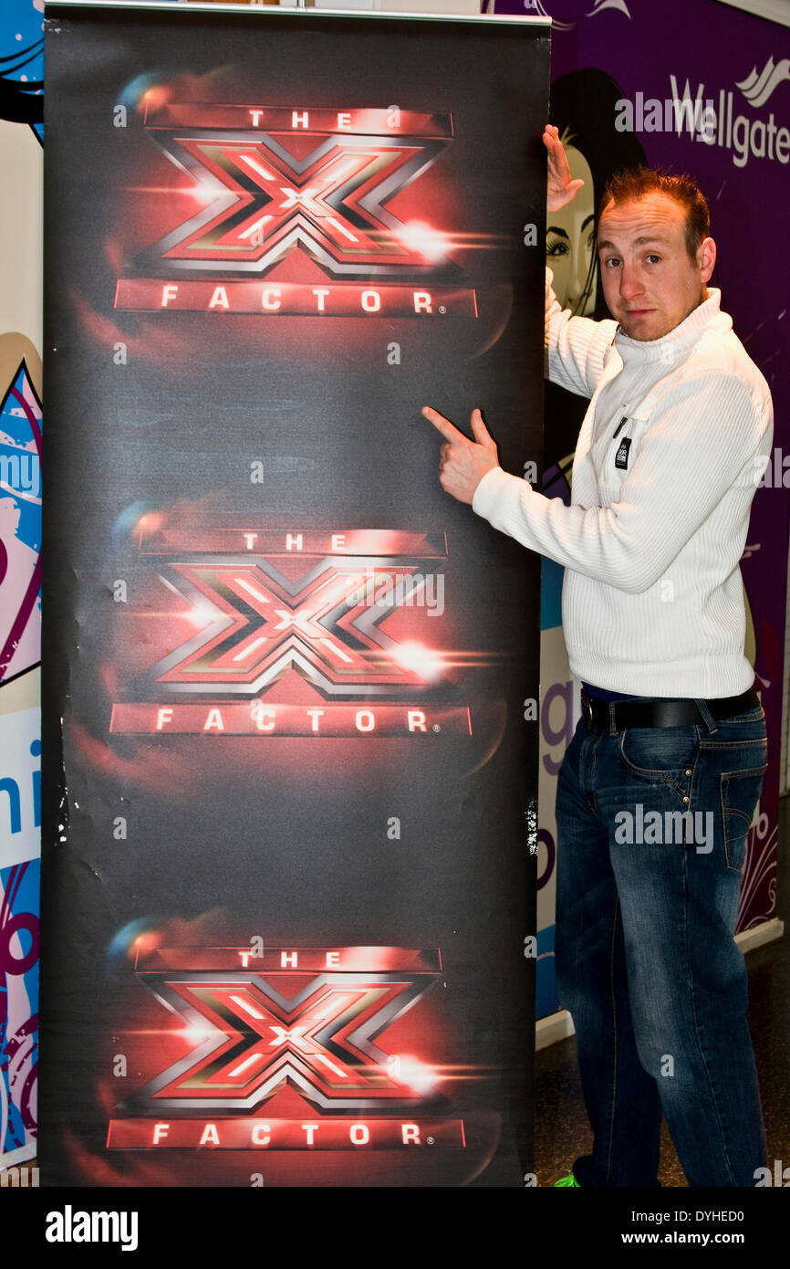 Dundee, Scotland, UK. 18th April, 2014. X Factor Auditions Wellgate Shopping Centre. This is Mobile Audition Tour Stock Photo