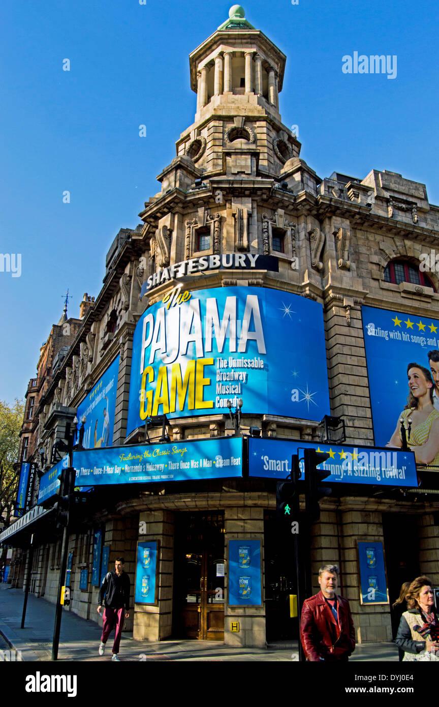 The Shaftesbury Theatre, Shaftesbury Avenue, London Borough of Camden, London, England, UK - Stock Image