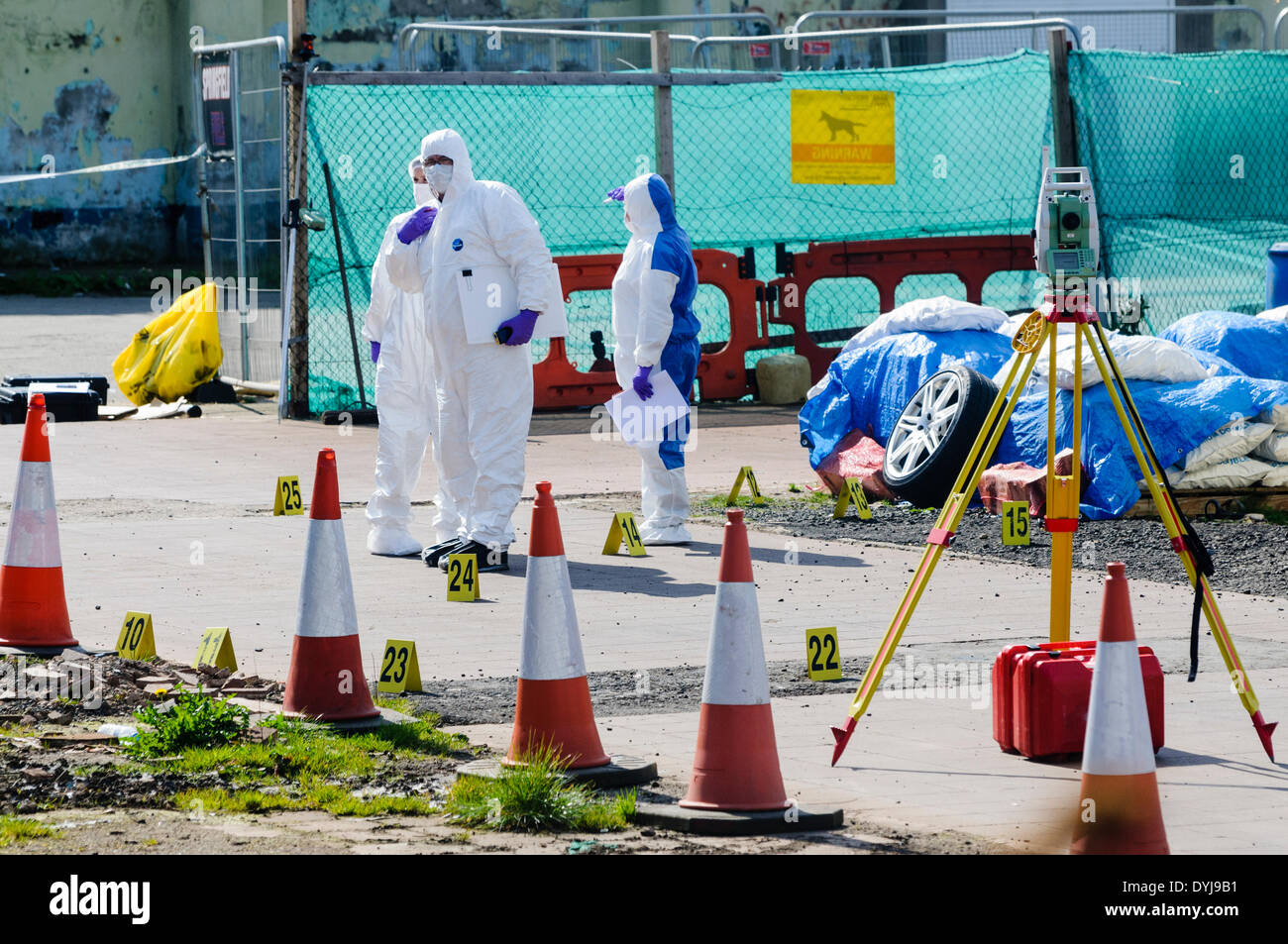 Belfast, Northern Ireland. 19 Apr 2014 - PSNI continue to investigate the murder of the former leader of the Continuity IRA, Tommy Crossan, who was shot several times at the his family fuel business. Credit:  Stephen Barnes/Alamy Live News - Stock Image