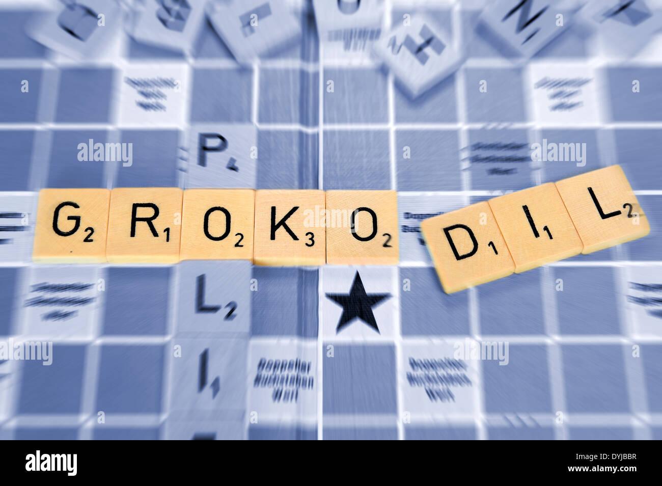 Das Wort GroKoDil mit Spielsteinen, Symbolfoto Machtkämpfe in der Großen Koalition - Stock Image