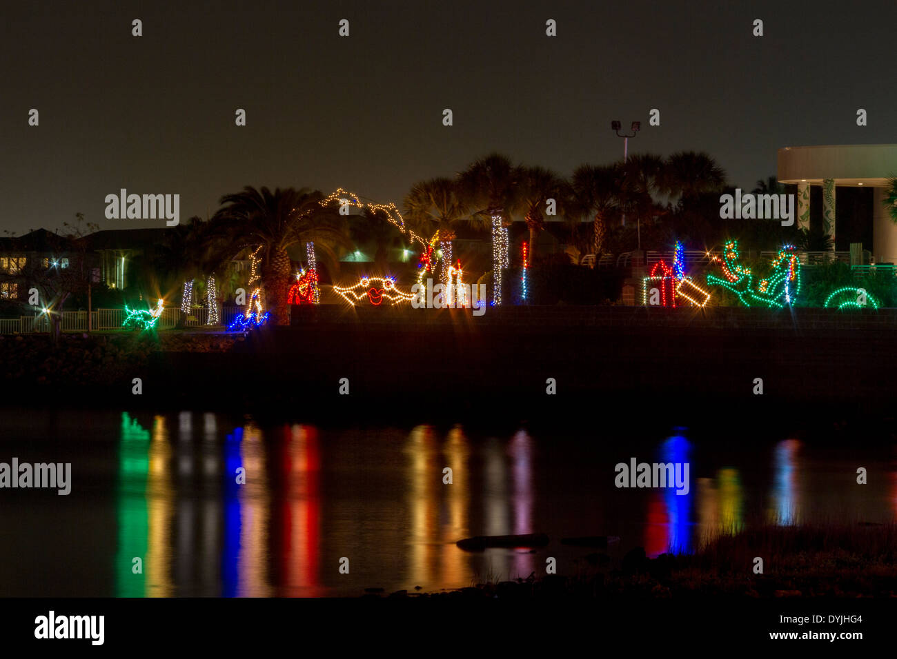 Moody Gardens Christmas.Christmas Lights And Displays At Moody Gardens In Galveston