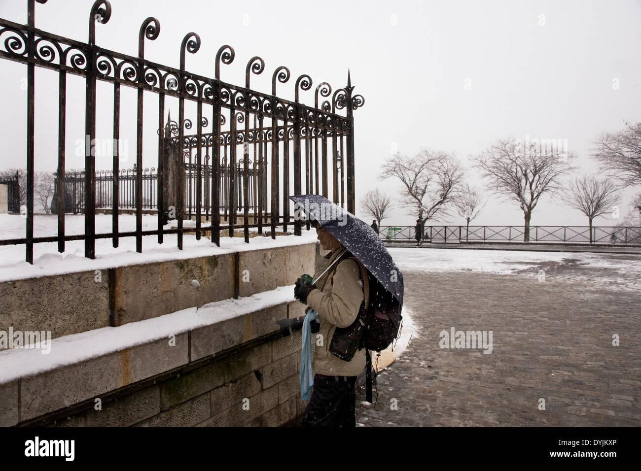 Montmartre, Paris in heavy snow. Rare winter conditions. Montmartre, Paris, France - Stock Image
