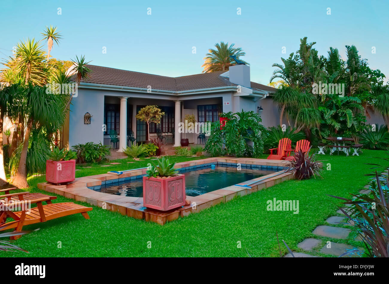 Beautiful House And Swimming Pool